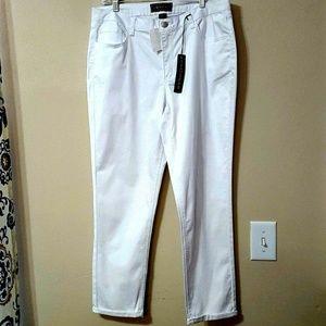 CATO PREMIUM 16 White Cuffed Ankle Crops NEW